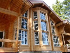 Какими преимуществами обладают дома из бруса