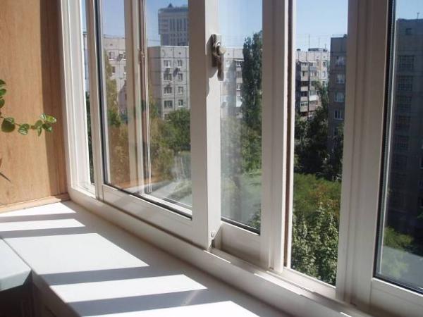 нюансы раздвижного остекления балконов